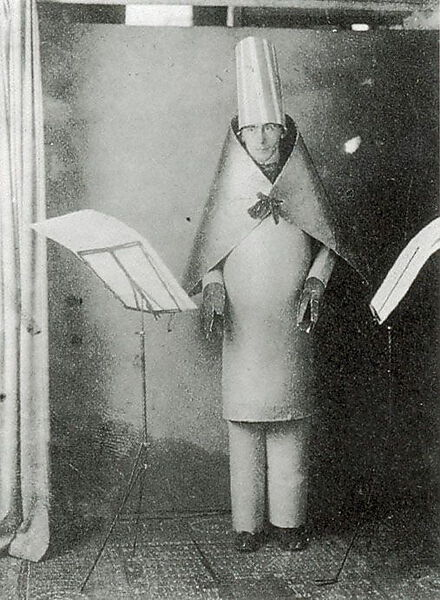 Hugo Balls Auftritt im Cabaret Voltaire