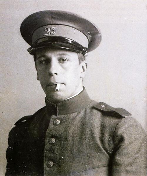 Fotografie, Theo van Doesburg, Soldat